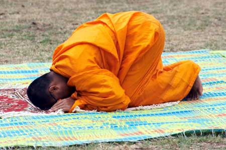 prostrated_monk